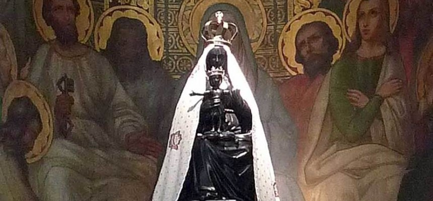 This Blessed Mother statue was carved by an Angel;  Our Lady of Liesse aka Our Lady of Joy