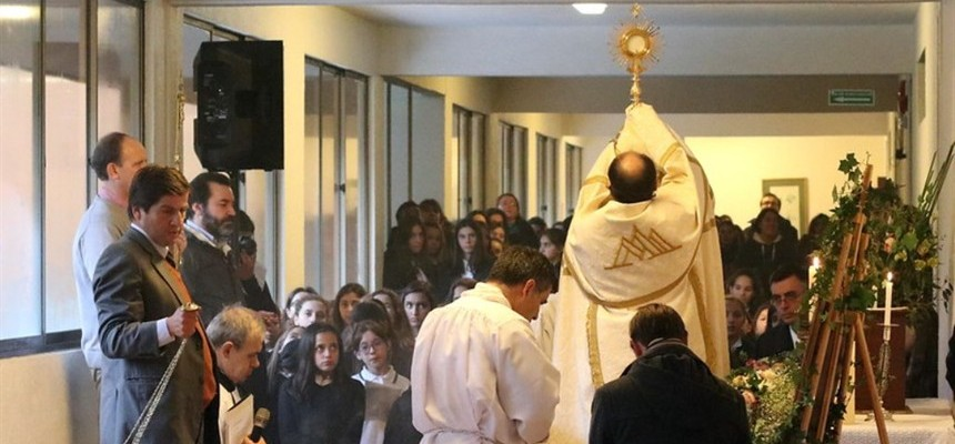"Corpus Christi: Defending the ""Real Presence"" in the Eucharist"