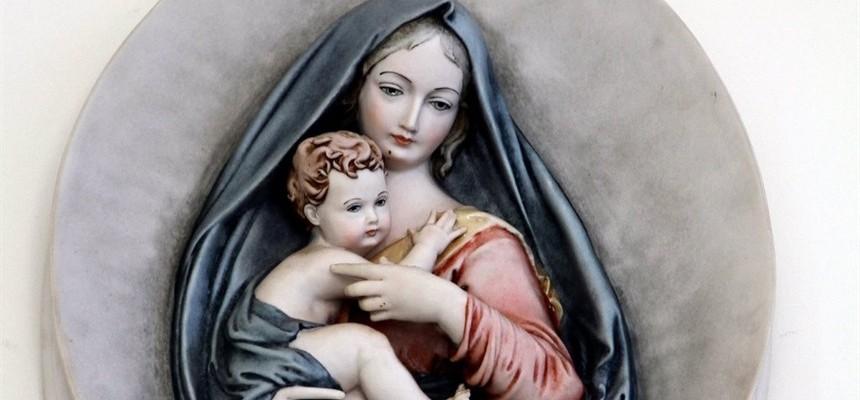 "A Buried Treasure: The ""Ave Maria"" of Bruno Vlahek"