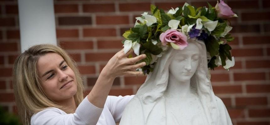 O Sanctissima: Memories of May