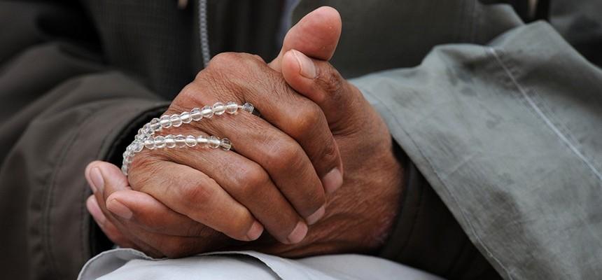 A prayer before work