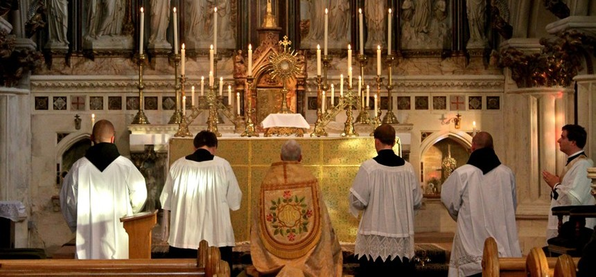 5 Reasons to Go to Mass EVERY Sunday