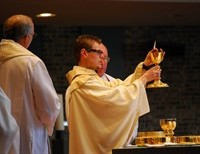 Faith of Our Fathers: One Of The Greatest Mysteries of The Church- The Body and Blood Of Christ- Shouldn't We Have Both?