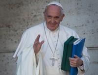 Pope Denounces 'Fake News'